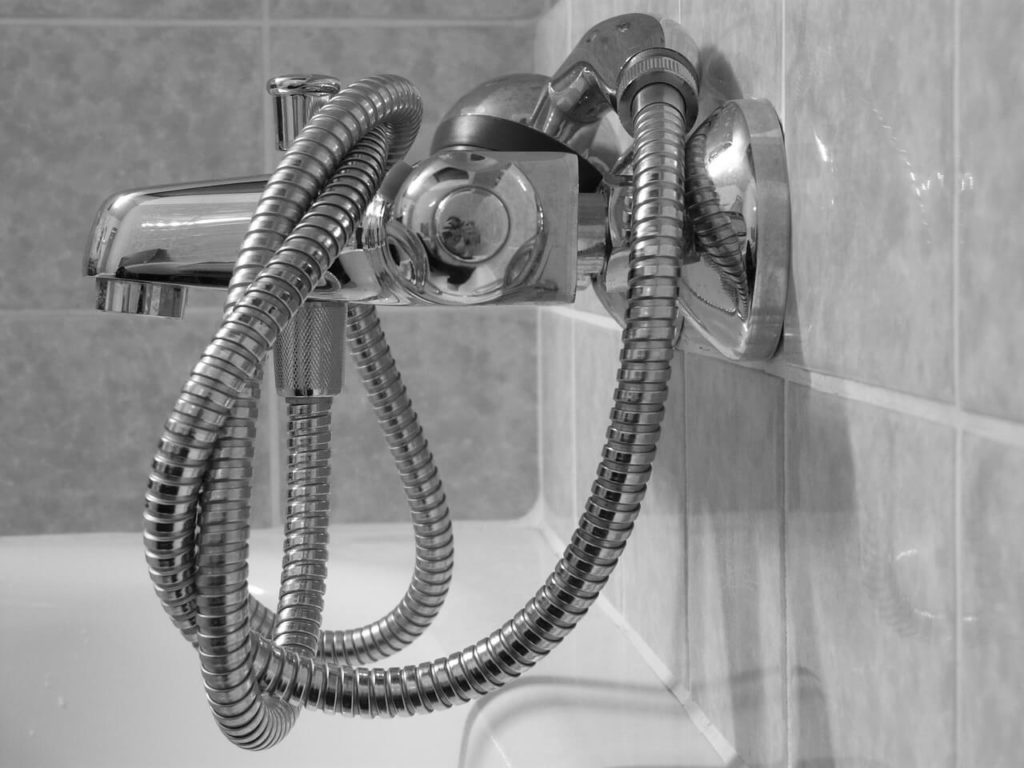 shower-head-49648_1280
